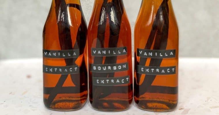 Homemade Vanilla (& Bourbon Vanilla!) Extract