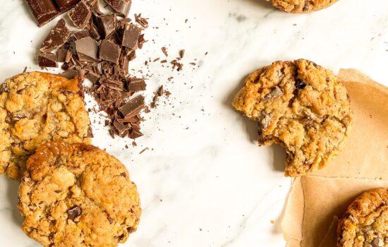 Caramel Cornflake Chocolate Chunk Cookies