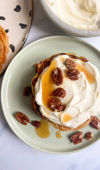 Carrot Cake Pancakes (with a maple cream cheese topping!)