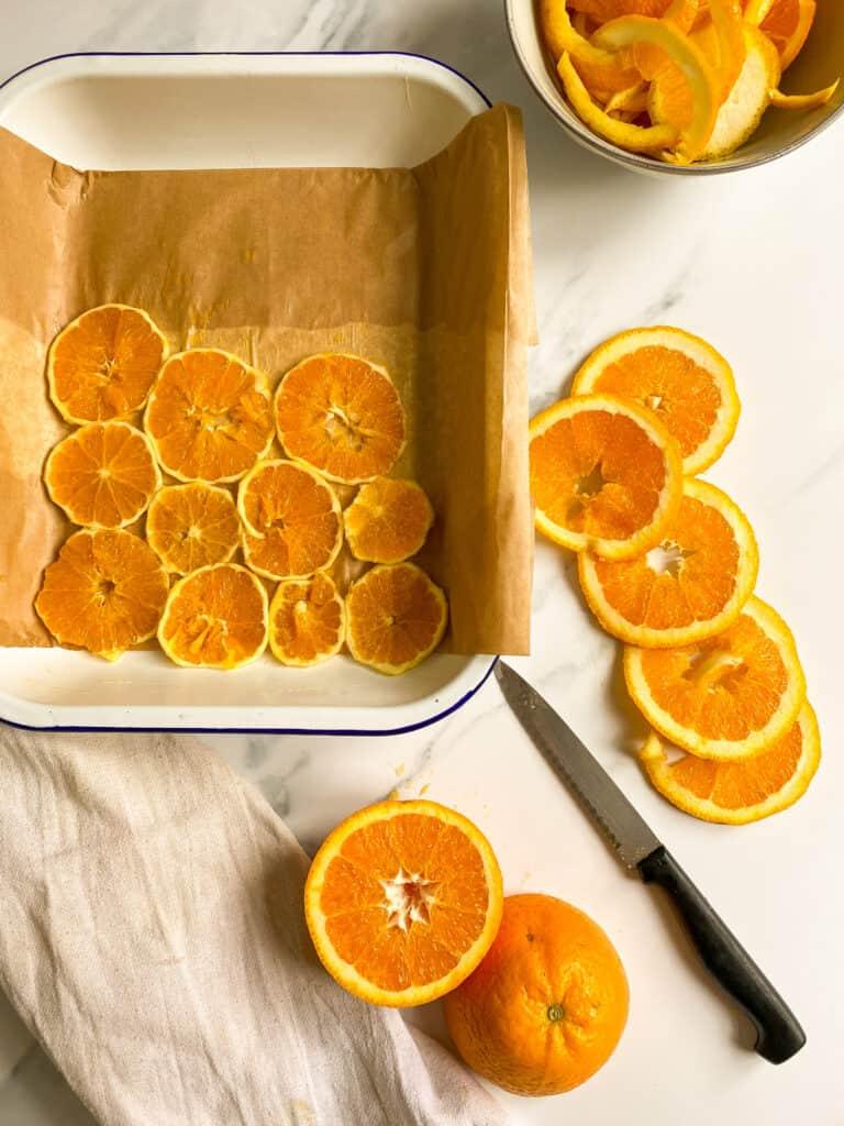 orange slices in baking tin