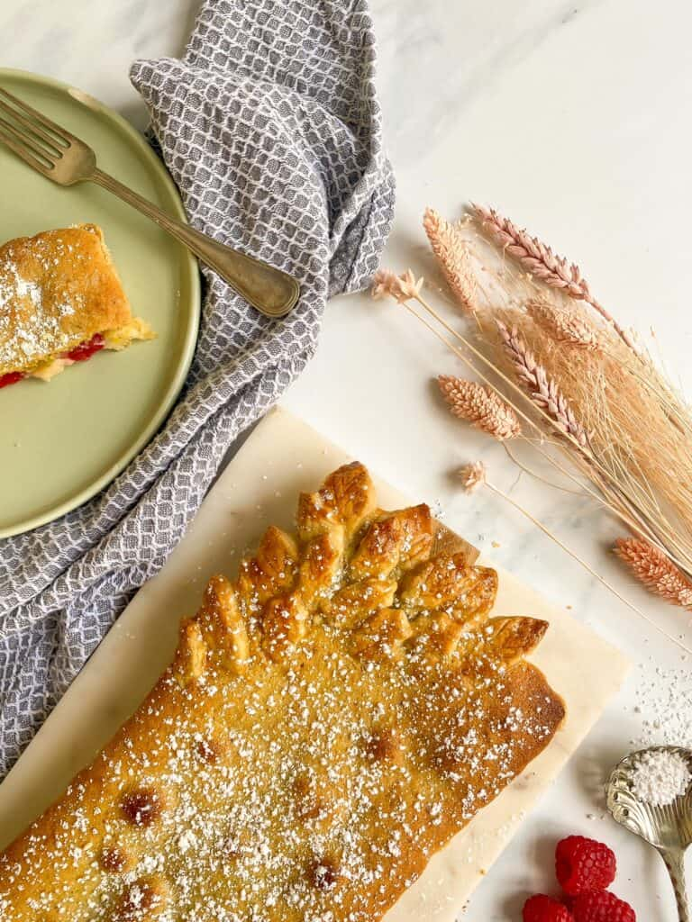 pistachio raspberry and creme patissiere tart